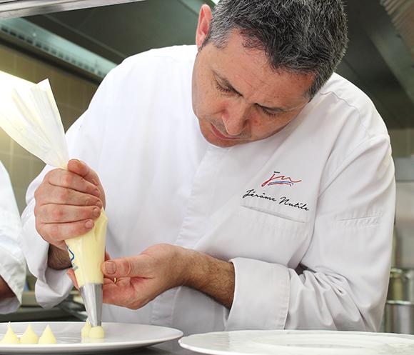 « Gard Au Chef » by Jérôme Nutile