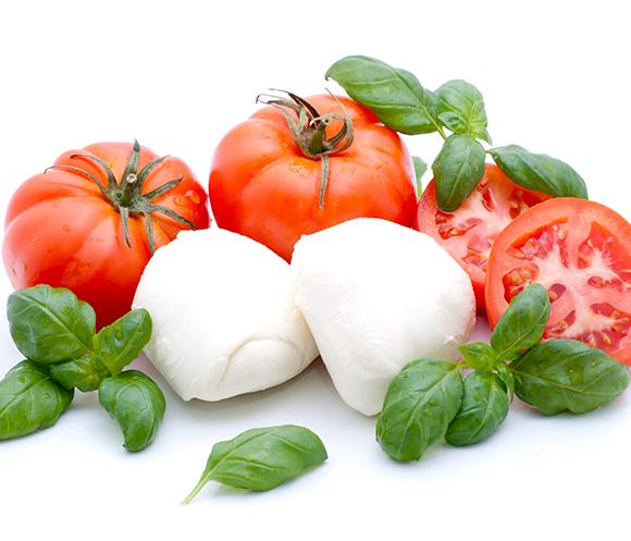 « Autour de la Tomate et de la Mozzarella » by Jérôme Nutile